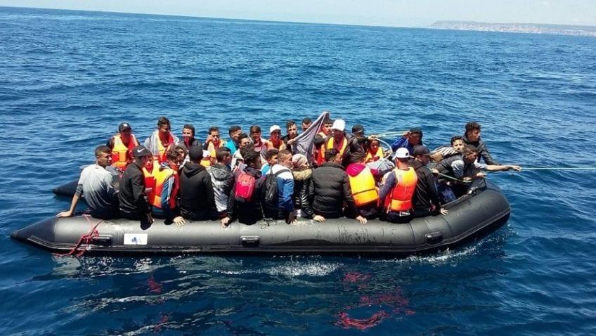 النزوح.. اسبانيا تعترض 18 قاربا محملا ب458 مهاجرا في يوم واحد 3
