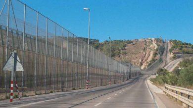 الحكومة الإسبانية تعتزم إزالة الشفرات الحادة من سياجي سبتة ومليلية 3