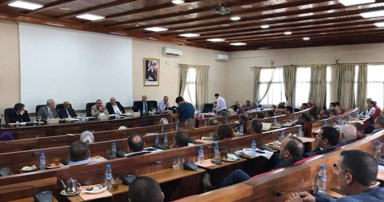 مستشارة شبح بجماعة طنجة لم تحضر لدورات المجلس منذ انتخابها ! 1