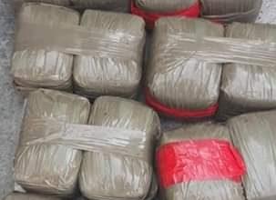 أمن ميناء طنجة المتوسط يوقف شاحنة محملة بالمخدرات متجهة لميناء الجزيرة الخضراء 5