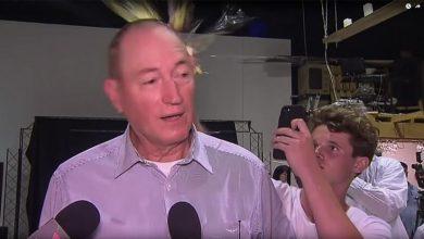 """الأسترالي """"فتى البيضة"""" يتحول لبطل..40 ألف دولار وتذاكر سفر مجانية 4"""