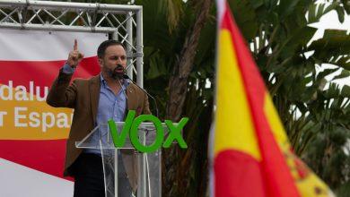 """زعيم """"فوكس"""" الإسباني المتطرف يدعو للتضييق على المغاربة وطردهم 6"""