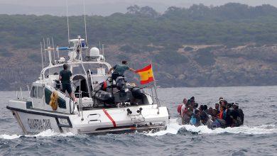 البحرية الإسبانية تنقذ 7 قاصرين مغاربة قبالة سواحل طنجة 5