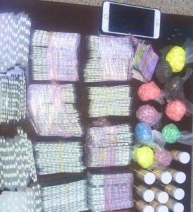 طنجة..الأمن يوقف 3 أشخاص ويحجز أزيد من 8000 قرص مخدر.. 3