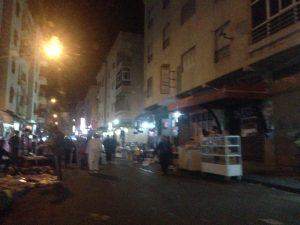 في ظل صمت السلطات الفراشة يحتلون أزقة حي بنكيران 3