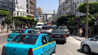اختناق مروري رهيب وارتباك في حركة السير بشوارع طنجة 4