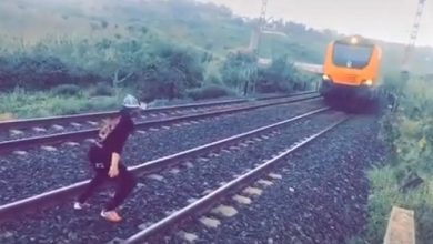 الأمن يعتقل شاب ومرافقه ظهر في شريط فيديو وهو يعترض قطار 4