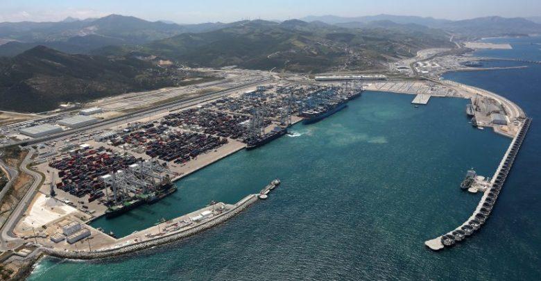 وزير فرنسي يشيد باحترافية ودينامية ميناء طنجة-المتوسط 1