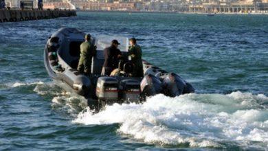 الدرك الملكي يعترض قارب على متنه 700 كيلو من الحشيش بكاب سبارطيل بطنجة 4