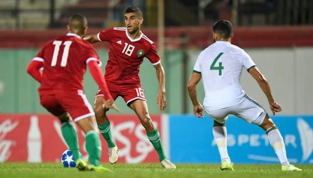 """المنتخب المغربي يقسو على الجزائر بثلاثية ويتأهل لنهائيات """"الشان"""" 1"""