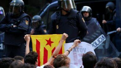 المحكمة العليا الإسبانية تدين الزعماء الكتالونيين بالعصيان 3