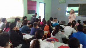 طنجة..عشرات التلاميذ يستفيدون من ورشات حول الإستعمال الآمن للإنترنت 3