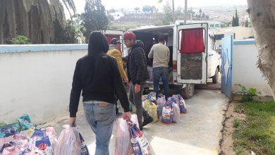 """توزيع مساعدات غذائية على ساكنة الدواوير المتضررة من تداعيات """"كورونا"""" بالجبهة 2"""
