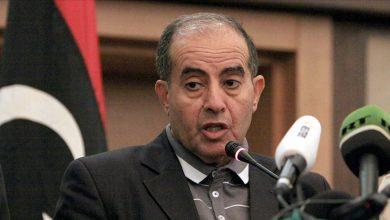 كورونا يخطف رئيس وزراء عربي سابق 5
