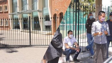 أولياء تلاميذ يحتجون على مدرسة خاصة بطنجة بعد توقيفها للدراسة عن بعد 3