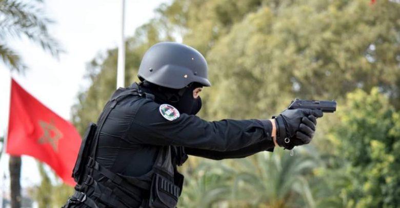 إشهار السلاح لتوقيف مجرم في حالة اندفاع بالعرائش 1