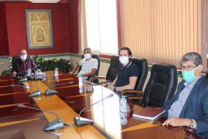 عمدة طنجة يجتمع بالمكتب الجهوي لنقابات طنجة لبحث سبل التعاون 3