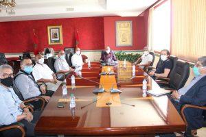 عمدة طنجة يجتمع بالمكتب الجهوي لنقابات طنجة لبحث سبل التعاون 2