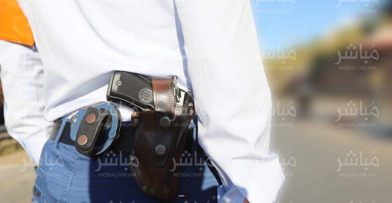 العرائش..شرطي يشهر السلاح لتوقيف شخص عرض سلامة المواطنين للخطر 1