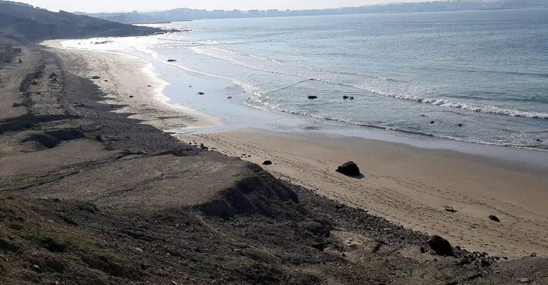 شاطئ المريسات يلفظ جثة شاب 1