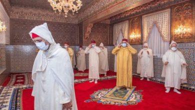 الملك يؤدي صلاة العيد وينحر الأضحية بمدينة المضيق 3