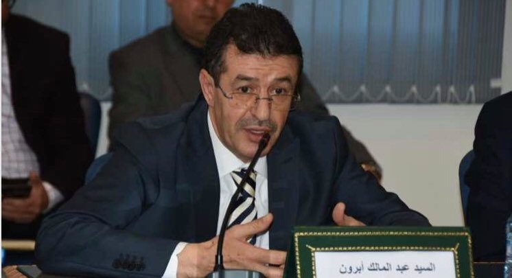 أبرشان يرغم عبد المالك أبرون على تقديم الاعتذار امام الجامعة 1