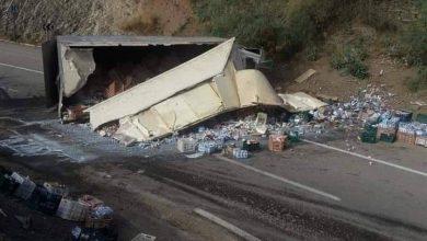 إنقلاب شاحنة بإقليم شفشاون ونجاة السائق بأعجوبة 6