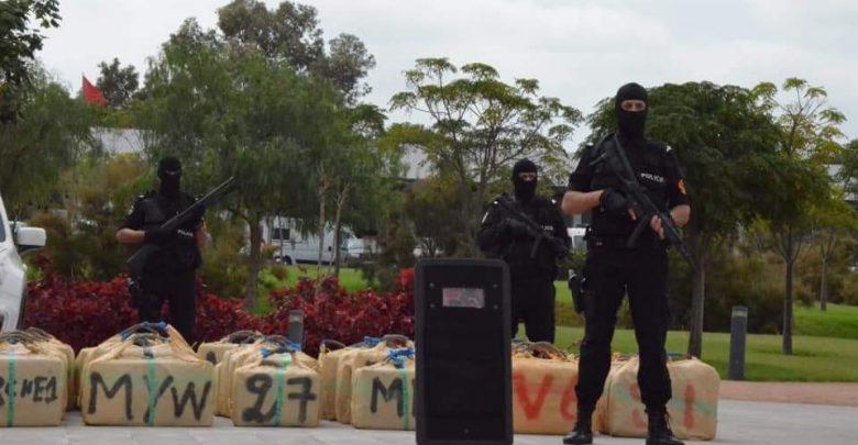 تنظيم الهجرة السرية وتهريب المخدرات يقود 12 شخصا إلى الإعتقال 1