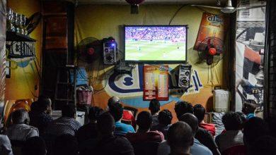 السلطات تمنع المقاهي من نقل ديربي الشمال على شاشات التلفاز 5