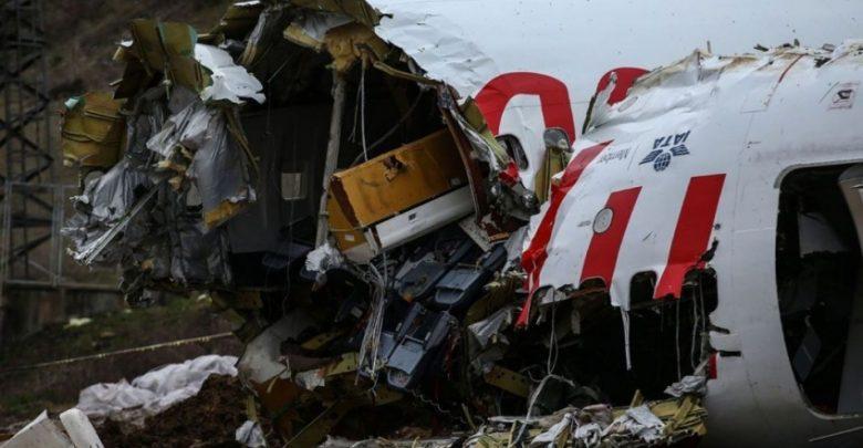 طفل ينجو بأعجوبة من حادث تحطم طائرة 1