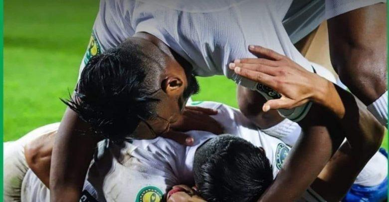الرجاء البيضاوي يطيح بالعساكر ويتوج بطلا للدوري المغربي 1