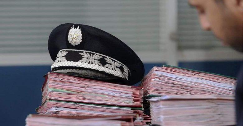 توقيف شرطيين يشتبه في تورطهما في قضية تتعلق بالإبتزاز 1
