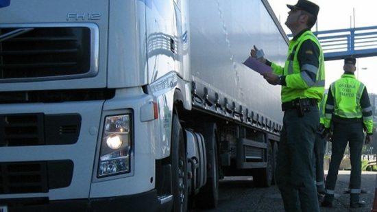 إسبانيا تجبر شاحنات النقل المغربية على التزود بالوقود في أراضيها وسخط وسط المهنيين 1