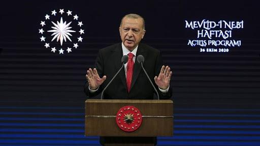 أردوغان يصعد ضد ماكرون ويدعو لمقاطعة المنتجات الفرنسية 1