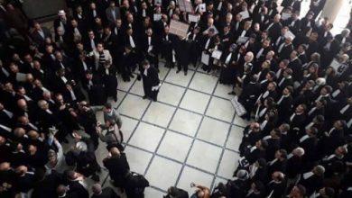 محامون يحتجون بطنجة بعد تعنيف وإهانة زميل لهم 2
