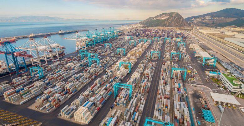 ميناء طنجة المتوسط..توقع معالجة 5,7 مليون حاوية خلال السنة الجارية 1