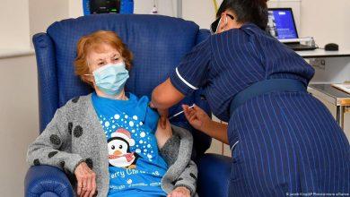 تسعينية أول من تلقت اللقاح..بريطانيا تبدأ حملة تلقيح جماعي ضد كورونا 3