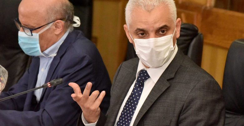 وزير الصحة: لا أعلم تاريخ وصول لقاح كورونا 1
