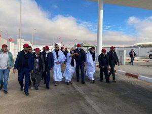 رؤساء الغرف المهنية يتفقدون معبر الكركارات بالصحراء المغربية 2