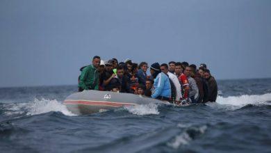 البحرية الملكية تنقذ قارب على متنه 21 مهاجرا سريا بينهم جثتان لامرأة ورضيع 6