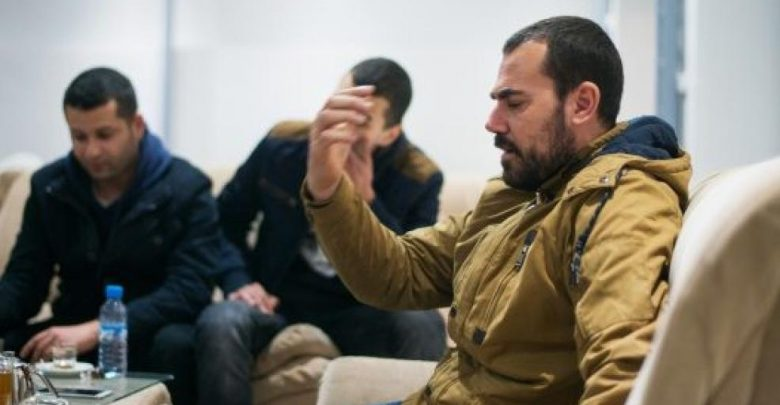 في خطوة عقابية..مديرية السجون ترحل الزفزافي ورفاقه من سجن طنجة 1
