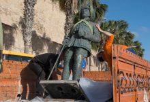 سلطات مليلية المحتلة تزيل آخر تمثال للدكتاتور فرانكو 3