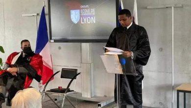النجم الكاميروني إيتو يحصل على شهادة دكتوراه 5
