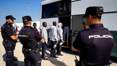 المغرب يشعر إسبانيا بتعليق العمل باتفاق ترحيل المهاجرين 2