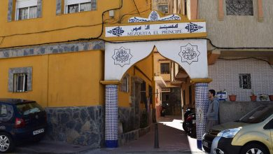 سلطات سبتة المحتلة تسمح بإقامة صلاة الفجر داخل المساجد 5