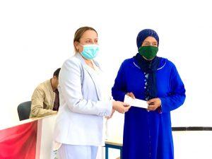 """الفنيدق..توزيع شيكات على النساء المستفيدات من برنامج """"تمكين"""" 2"""