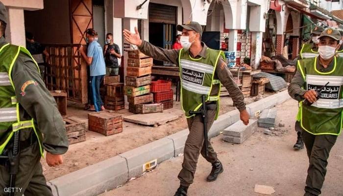 مغاربة غاضبون من عدم تخفيف الحكومة لتدابير كورونا 1