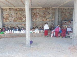 شاب يحدث سوق نموذجي للفلاحين الصغار بقرية الزميج من ماله الخاص 3