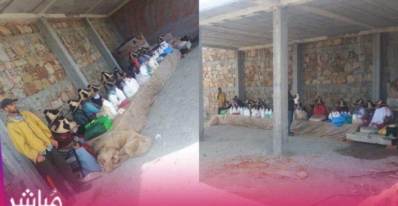 شاب يحدث سوق نموذجي للفلاحين الصغار بقرية الزميج من ماله الخاص 1