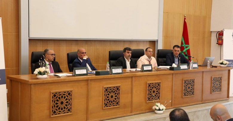جامعيون ومختصون يناقشون في ندوة دولية بطنجة سبل تحسين مناخ الأعمال بالدول المغاربية 1